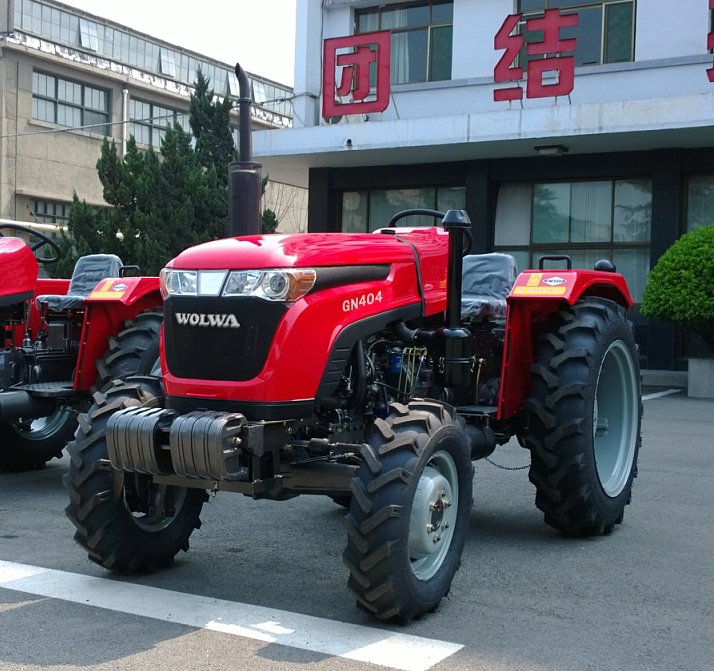 GN404 tractor